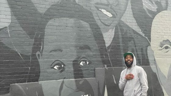 85 South Show on The Wall with Karlous Posing